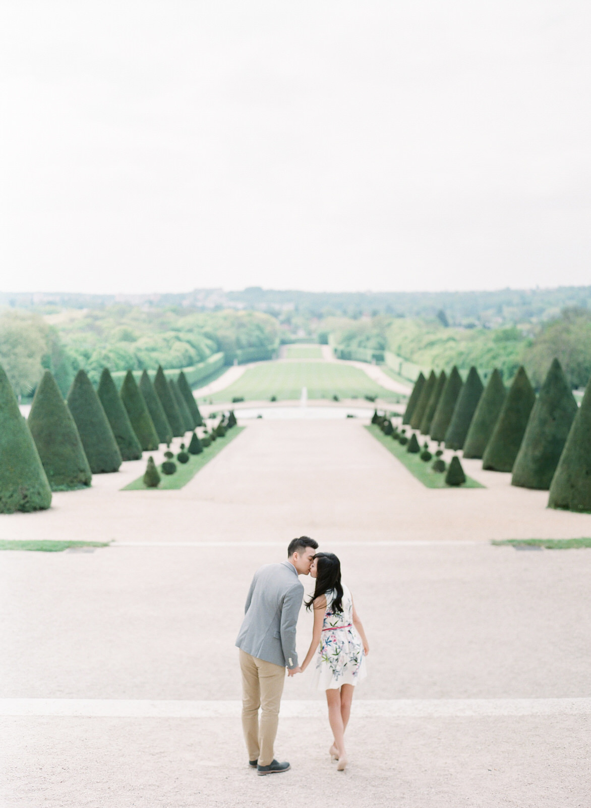 Paris Destination Pre-Wedding   Veronica & Wilson   photo by: AR