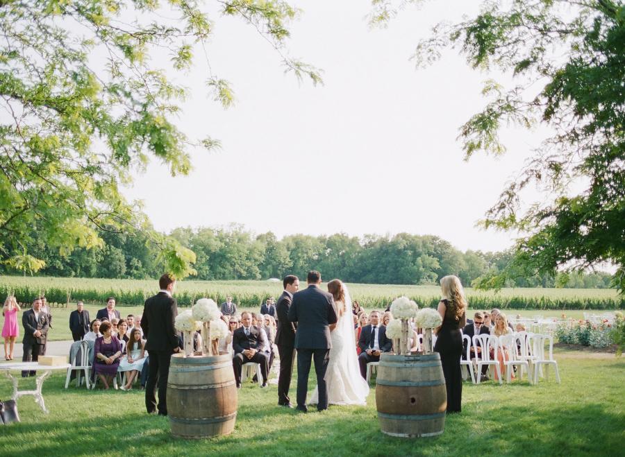 Niagara On The Lake Wedding At Ch 226 Teau Des Charmes Diana Amp Luch