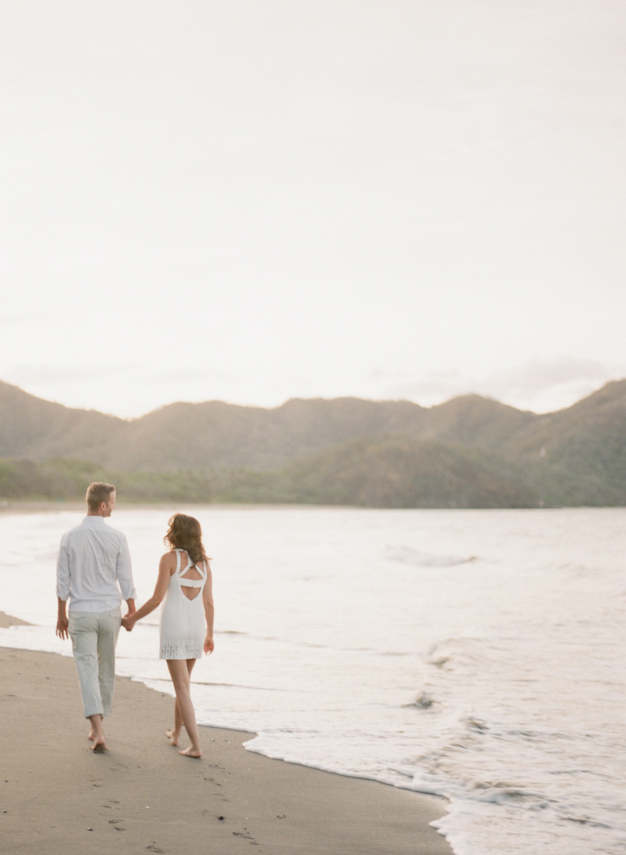 Costa Rica Destination Wedding Photographer | Photo by ARTIESE